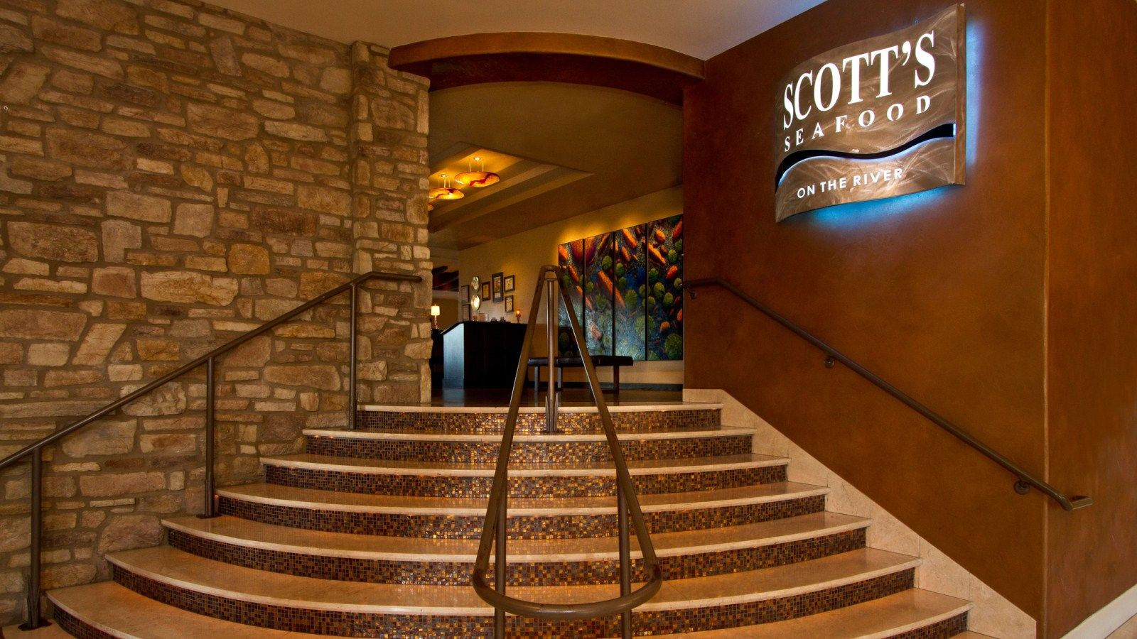 Sacramento River Restaurant - Scott's Seafood on the River