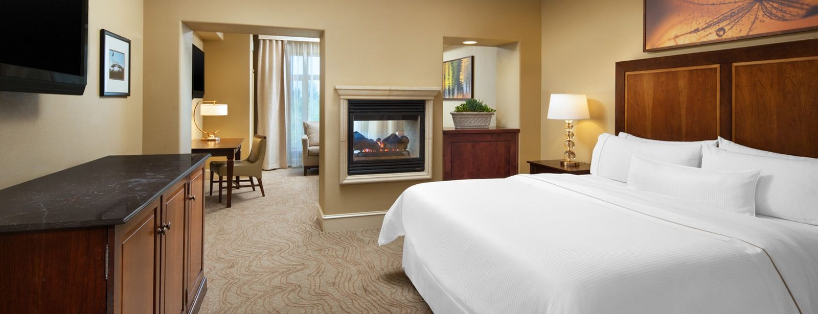 The Westin Sacramento - Junior Suite